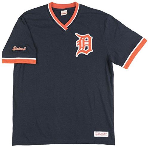 Detroit Tigers White Authentic Jersey (Detroit Tigers MLB Men's Overtime Win Vintage V-Neck T-Shirt (Medium))