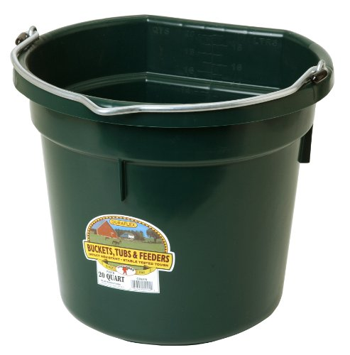 Image of Miller Manufacturing P20FBGREEN Flat Back Bucket for Dogs and Horses, 20-Quart, Green