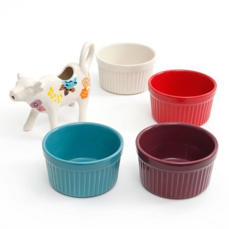 The Pioneer Woman Flea Market 5-Piece Serving Set, 4 Ramekins in Assorted Colors and Cow Creamer (Floral)