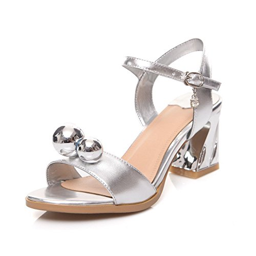 AmoonyFashion Womens Cow Leather Solid Buckle Open-Toe Kitten-Heels Sandals Silver