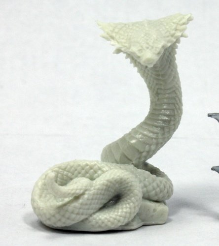 Reaper 77321: Giant Cobra - Dark Heaven Bones PLastic Miniature ()