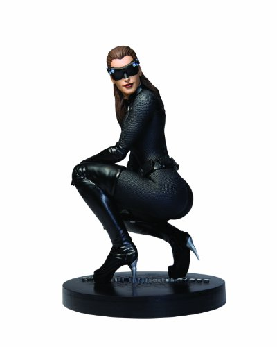 DC Direct The Dark Knight Rises: Catwoman 1:6 Scale Icon Statue]()
