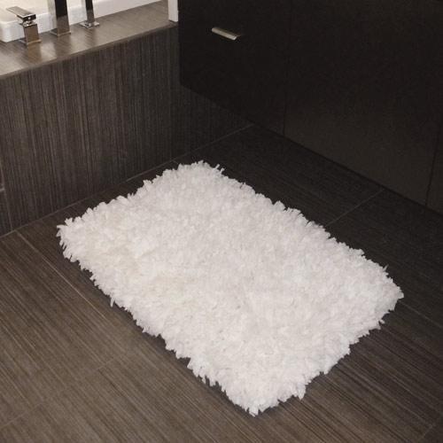 Tissue Rug In A Bathroom