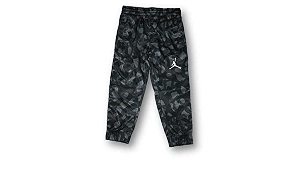 89e89dc57b1 Amazon.com: Nike Air Jordan Child Boy's Camo Athletic Therma Pants  Gray/Black Camouflage (4): Clothing