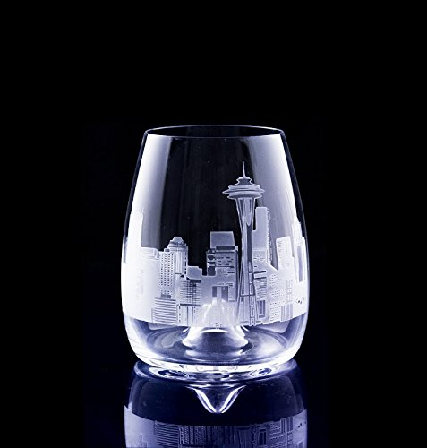 Seattle Skyline deep etched on stemless wine glass (Glass Skyline Wine)