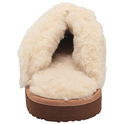 Amazon Essentials Women's Fluffy Slipper: Shoes