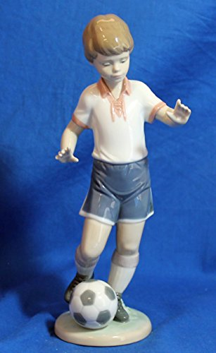 Lladro Figurine, 6198 Soccer Practice , Football player by Lladro