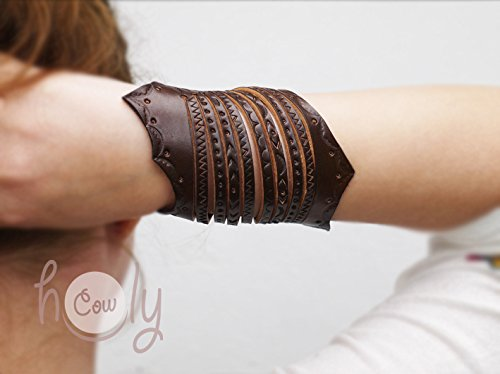 Women's Hand Tooled Medieval Brown Leather Wrist Cuff
