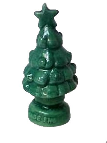 December/Christmas Tree (Red Rose Tea/Wade Figurine, Calendar Series Figurines 2008 - To Present)