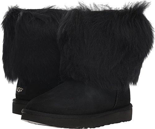 (UGG Women's Short Sheepskin Cuff Boot Black 7 B US )