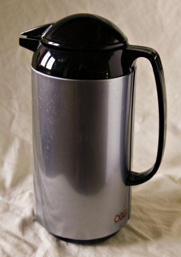 OGGI 34 OZ THERMAL VACUUM CARAFE WITH STAINLESS STEEL LINER AND PRESS BUTTON TOP