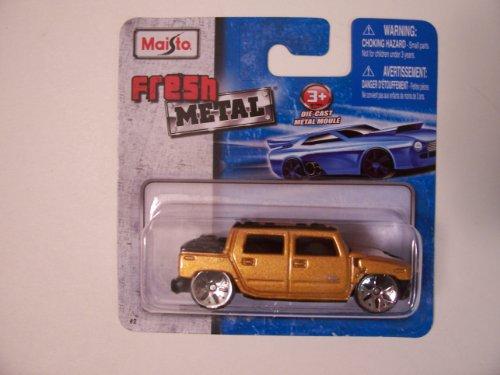 2001 Hummer H2 Sut - Maisto Fresh Metal Die-Cast Vehicles ~ 2001 Hummer H2 SUT Concept (Golden)