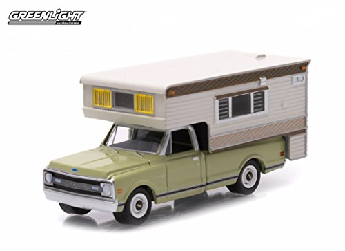 1969-chevrolet-c10-cheyenne-with-large-camper-hobby-exclusive-1-64-by-greenlight-29811