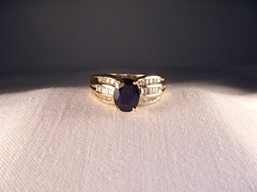 Gorgeous Estate 14K Yellow Gold Sapphire Baguette Diamond Ring ()