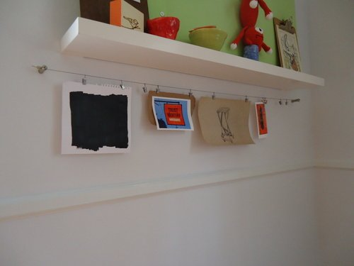 Picture hanging wire and clips home decoration for Hanging kids artwork