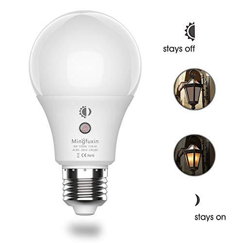Cheap 8W LED Sensor Light Bulb Dusk to Dawn Auto On/Off Smart Bulb[Built-in Light Sensor][No Stroboscopic Effect] A19 E26 Base Security Lamp for Corridor Garden Garage Yard Porch Patio (5000K Natural White)