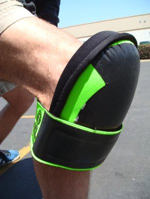 Troxell USA Super Soft Large Hi-Viz Fluorescent Green Knee Pads- by TROXELL USA (Image #2)