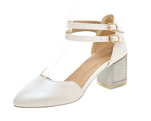 VogueZone009 Women Closed-Toe Pu Buckle Solid Kitten-Heels Sandals White