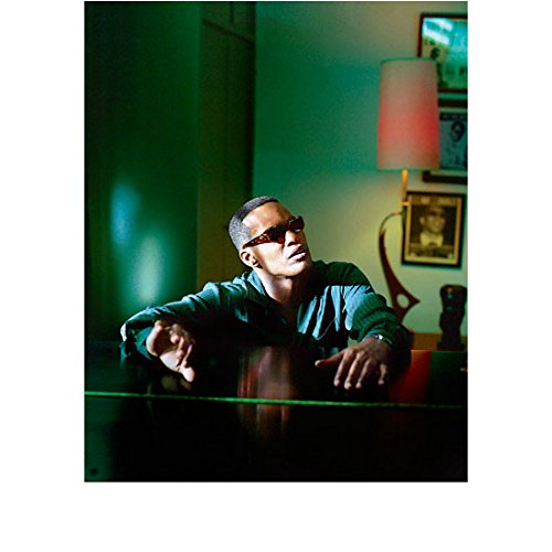 Ray Jamie Foxx as Ray Charles Sunglasses Sitting at Piano Looking Sideways 8 x 10 inch - Sideways Sunglasses
