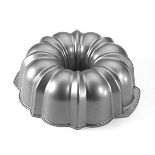 Nordic Ware 50501 Original Best Bundt Pan, 12 Cup - Commercial