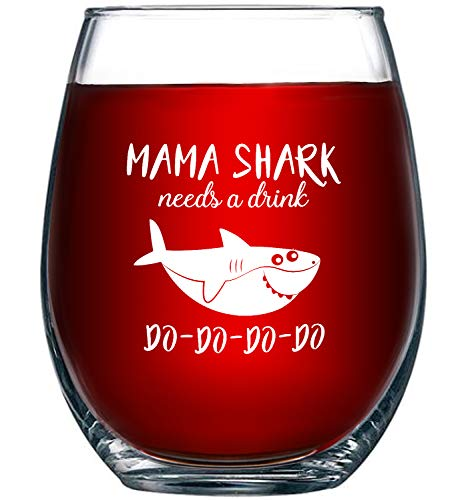Mama Shark Needs a Drink Do Do Do Do Do, Novelty Wine Glass Cup with Sayings for Women | Funny Shark Gifts Party Accessories for Moms Mothers and Friends | -