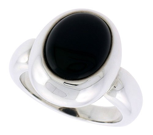 Sterling Silver Ladies' Ring w/ an Oval-shaped Jet Stone, 11/16