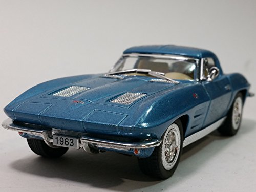 Kinsmart 1963 Powder Blue Chevy Corvette Stingray Hardtop 1/36 Scale Diecast Car