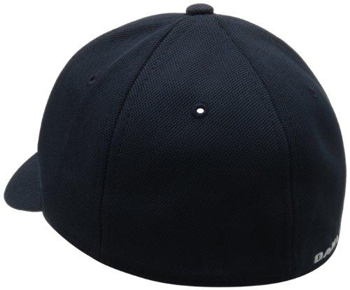 3ddf609302e Oakley Men s Silicon Cap 2.0