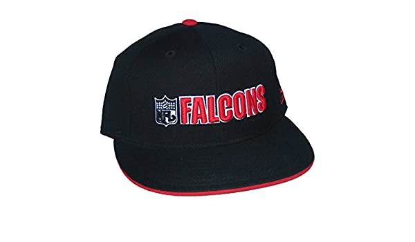 e75af3488 Amazon.com : Reebok Atlanta Falcons NFL Shield Logo Fitted Size 7 1/8 NFL  Authentic Wordmark Black Hat Cap : Sports & Outdoors