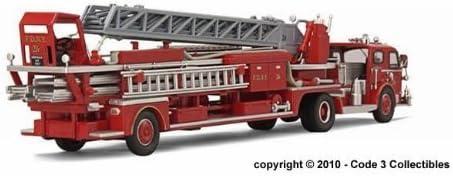 Code 3 FDNY Ladder 26 American LaFrance 900 TDA 410WNJwMiZL