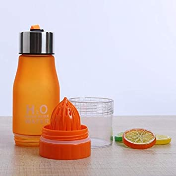 Fiesta H2O - Botella de agua de 650 ml de plástico para zumo de limón y