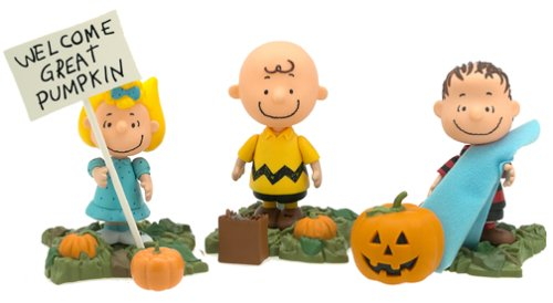 Peanuts Snoopy Family Figure set : Lucy Charlie Brown and Linus by Playing -