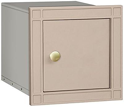Salsbury Industries Cast Aluminum Column Non-Locking Plain Door Mailbox