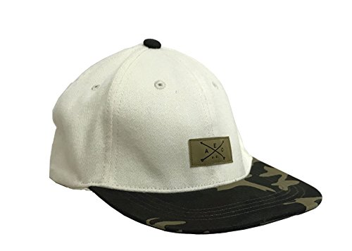 American Eagle Baseball Hat (American Eagle Outfitters Cream/Camo AEO Logo Adult Fitted Baseball Cap L/XL)