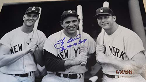 MANTLE,MARIS & BERRA 11x14 Photo Signed by Yogi Berra with M&M Boys Notation -Berra Family ()