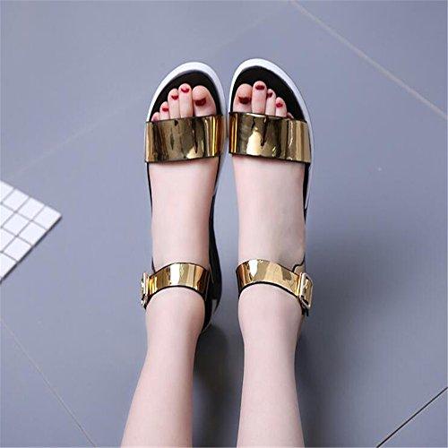 Moda sandalias planas hebilla hembra con los zapatos de mujer Oro