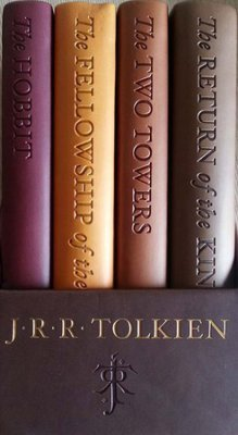 J. R. R. Tolkien: The Hobbit and the Lord of the Rings: Deluxe Pocket Boxed Set (Hardcover, Imitation Leather); 2014 - Set Boxed The Lord Of Rings
