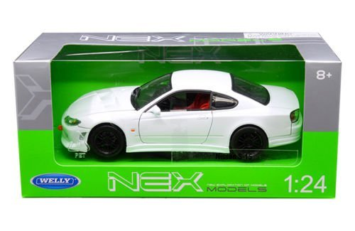 New 1:24 W/B WELLY COLLECTION - WHITE NISSAN - Welly Models