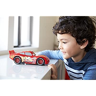 Disney Pixar Cars 3 Lightning McQueen Vehicle, 1:21 Scale: Toys & Games