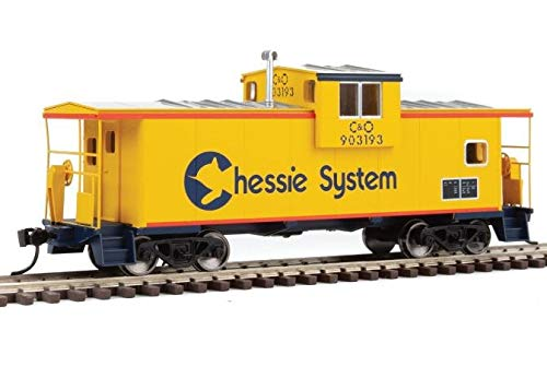 Walthers Mainline 910-8704 Extended Wide Vision Caboose Chessie 903193