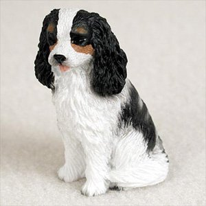King Cavalier Figurine Charles (Cavalier King Charles Spaniel Black And White Dog Figurine, Height Approx. 2 Inches)