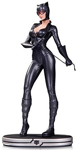 DC Collectibles Comics Cover Girls: Catwoman Statue