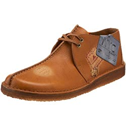 Clarks Originals Men's Desert Trek Chukka Boot