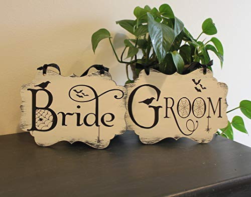 Funlaugh Bride Groom Wedding Chair Sign Halloween Spookyphoto Prop Costume Prop White Black Halloween Wedding Bat Spider Crow Halloween Wedding Bedroom Wood Sign with Sayings Home Decor ()