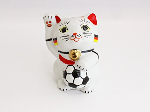 Soccer lead to [ Germany ] Kutani victory beckoning cat ' Katchi ' 2014 by ALEXCIOUS