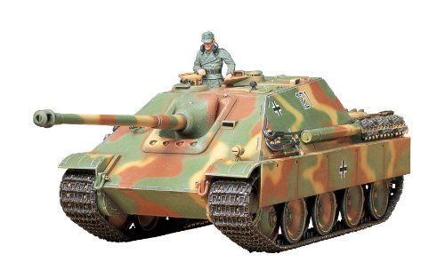 Tamiya 300035203 - 1: 35 WWII Special Automotive Vehicle 173 Hunting Panther Late Version (1) ()