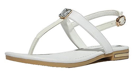 VogueZone009 Women Buckle Pu Split Toe Low-Heels Solid Sandals White
