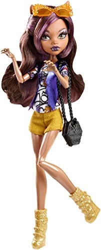 (Monster High Boo York Boo York Frightseers Clawdeen Wolf Doll)