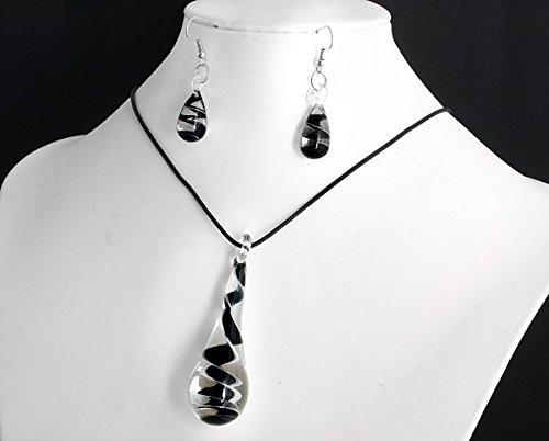 Buy glasses black necklace