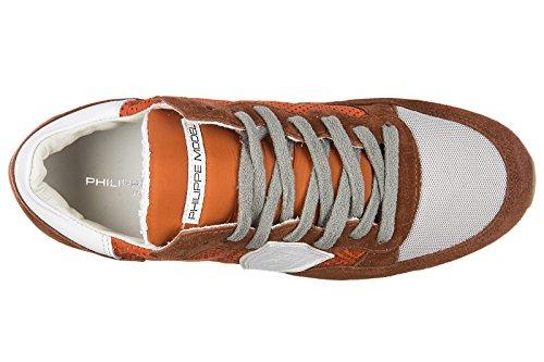 Philippe Model chaussures baskets sneakers femme en daim tropez perforé orangene